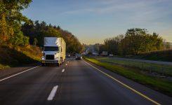 Transporte de mercancías, el suministro de negocios
